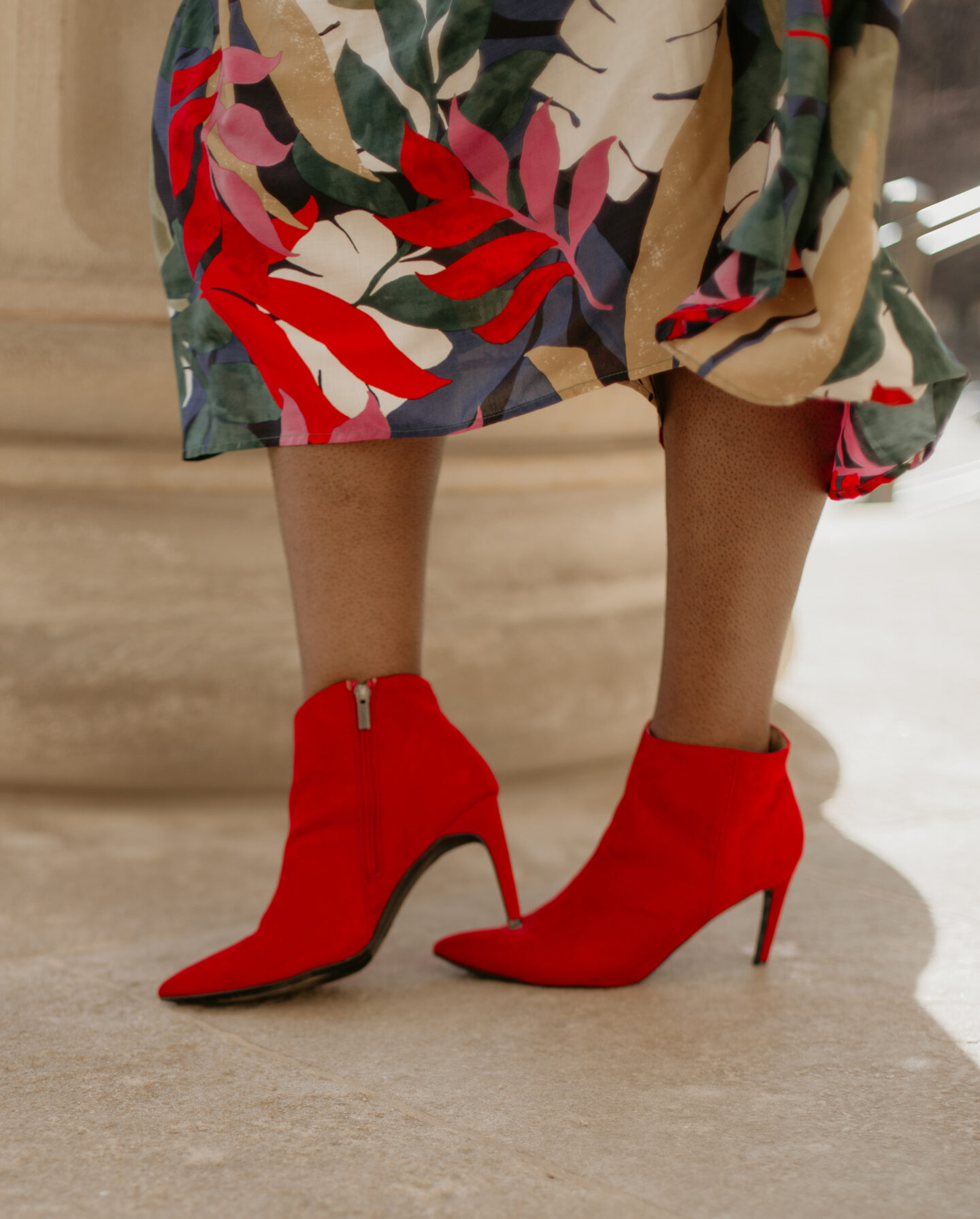 red-floral-prints-spring-target-dress-red-boots-hypnozglam